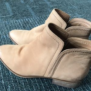 Real leather ankle boots!